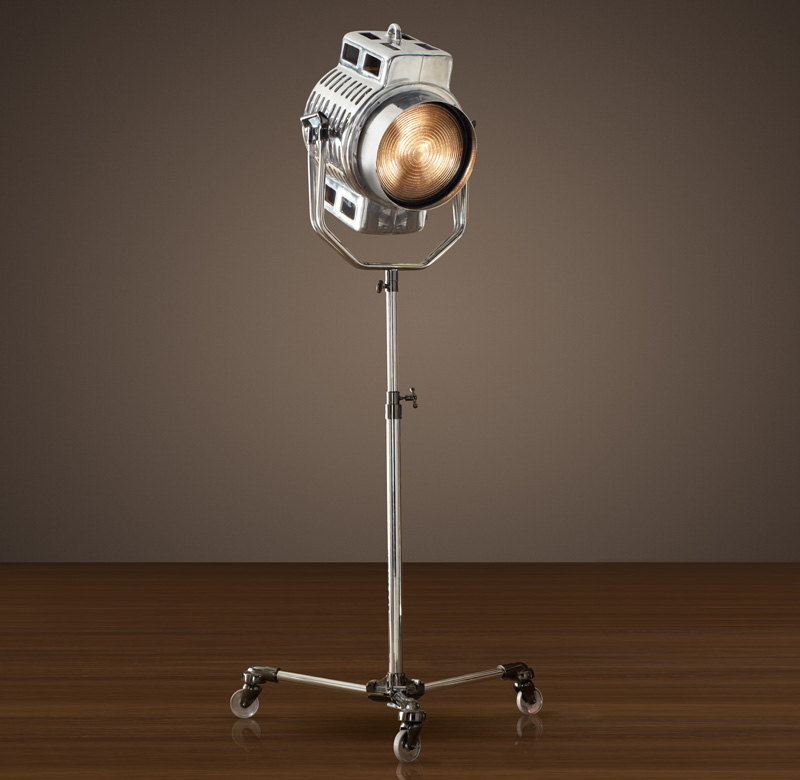 1940s-Hollywood-Studio-Floor-Lamp_1