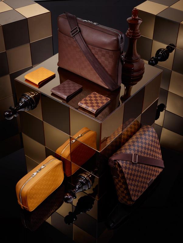 Louis-Vuitton-Signature-Damier_c1