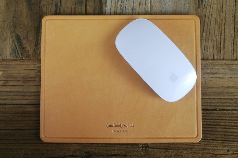 (multee)project Leather Mouse Pad