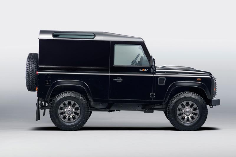 Land-Rover-Defender-LXV_10