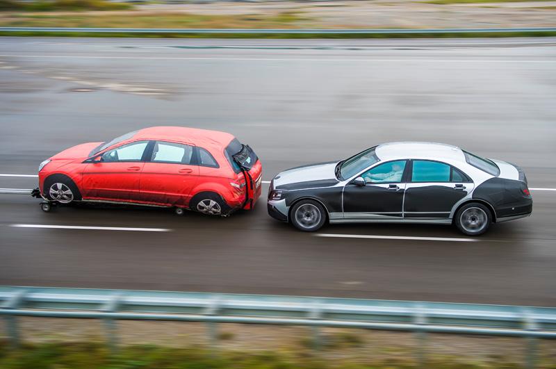 Mercedes-Benz-S-Klasse-2014_43