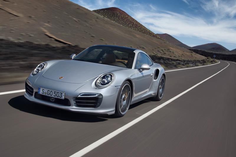 Porsche-911-991-turbo-S_02