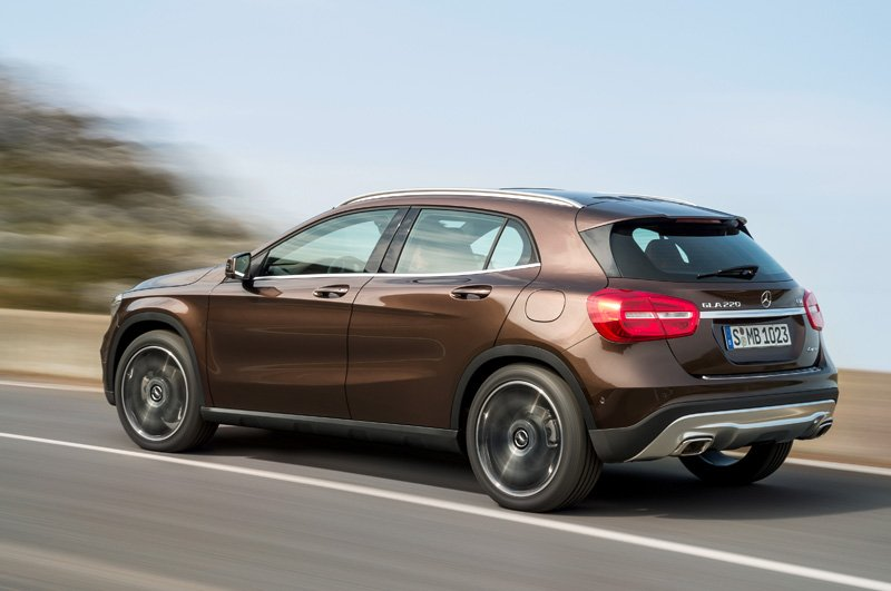 Mercedes-Benz-GLA_03