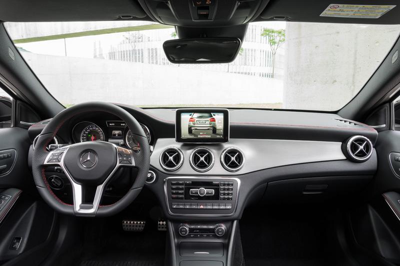 Mercedes-Benz-GLA_09