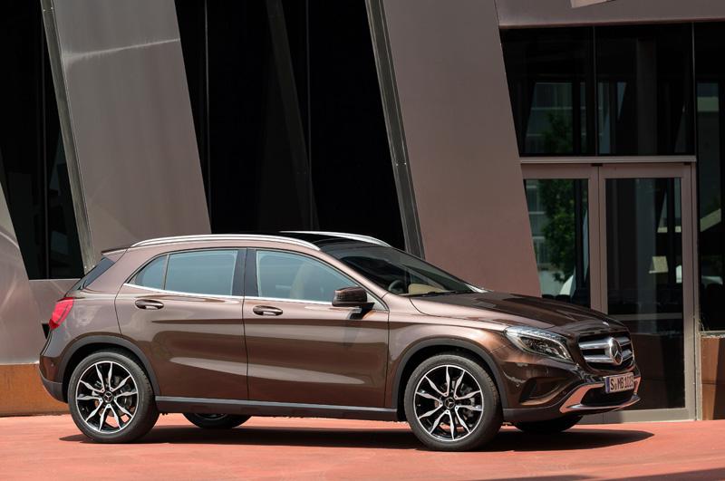 Mercedes-Benz-GLA_13