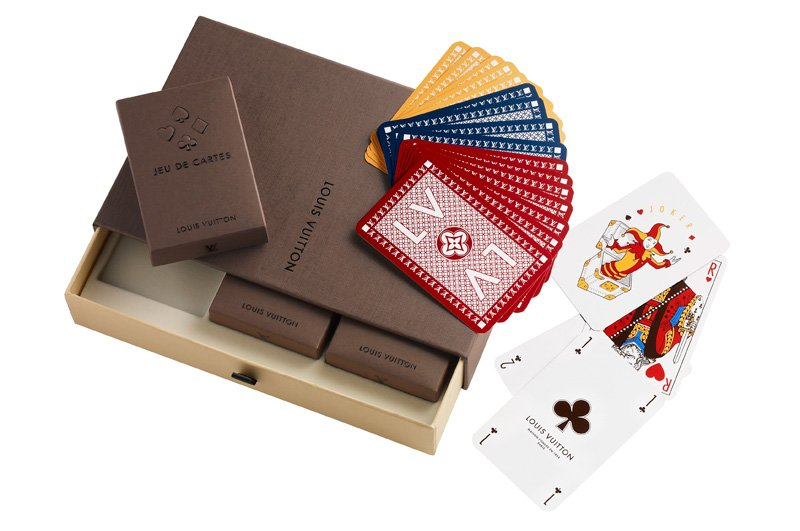 Louis-Vuitton-Jeux-3-Cartes_03