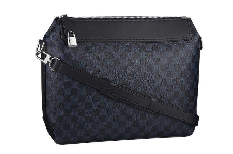 Louis-Vuitton-Messenger-Damier-Cobalt