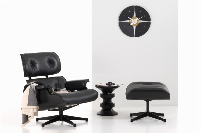 vitra eames lounge chair schwarz luxify. Black Bedroom Furniture Sets. Home Design Ideas