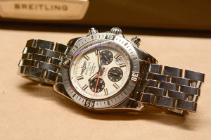 Hands-on Breitling Chronomat Airborne