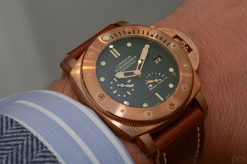 Hands-on Panerai Bronzo 1950 Power Reserve