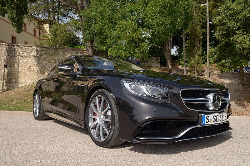 Test: 2015 Mercedes S 500 Coupé vs. S 63 AMG Coupé