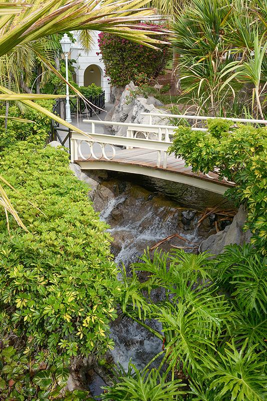 Hotelvorstellung jardines de nivaria tenerife luxify for Jardines de nivaria