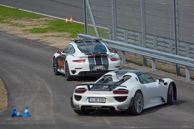 Porsche-918-spyder_7730