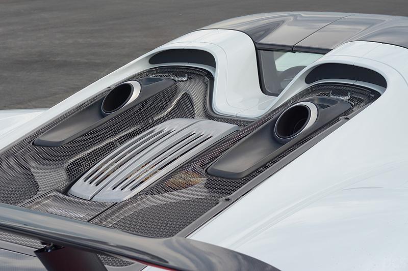 Porsche-918-spyder_7769