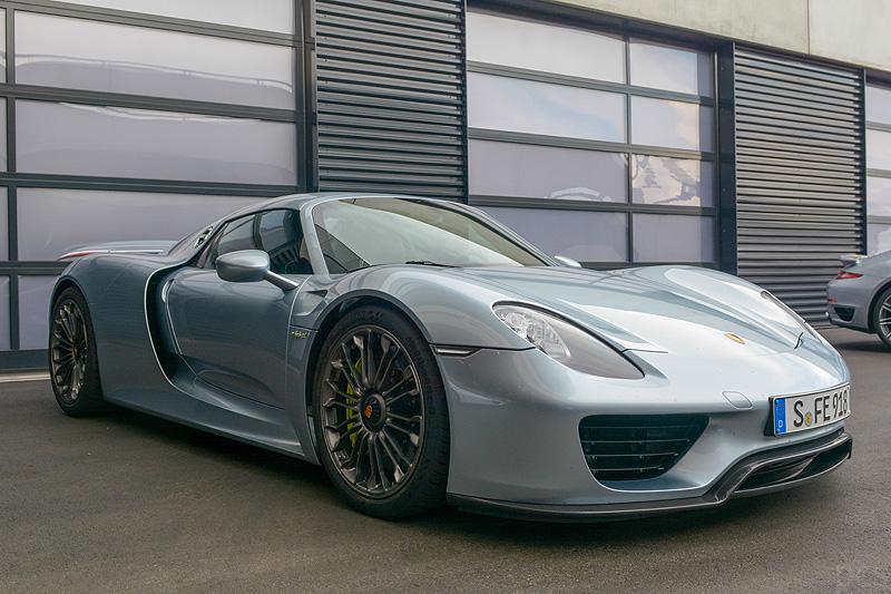 Porsche-918-spyder_7844