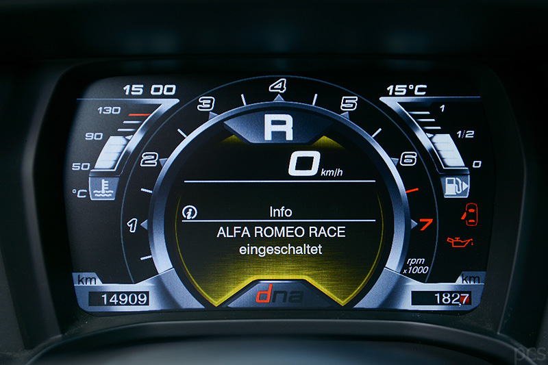 Alfa-Romeo-4C_0656