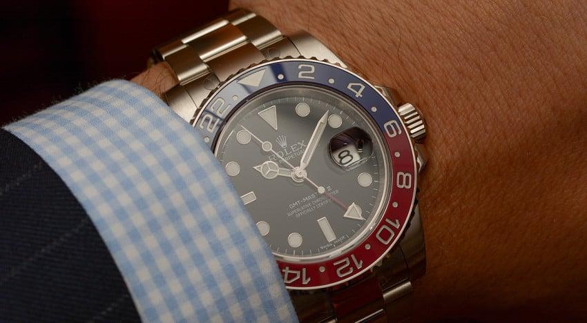 Hands-on Rolex GMT-Master II 116719BLRO