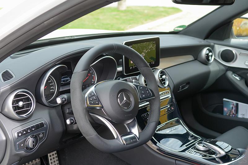 Mercedes-C63-AMG_3491