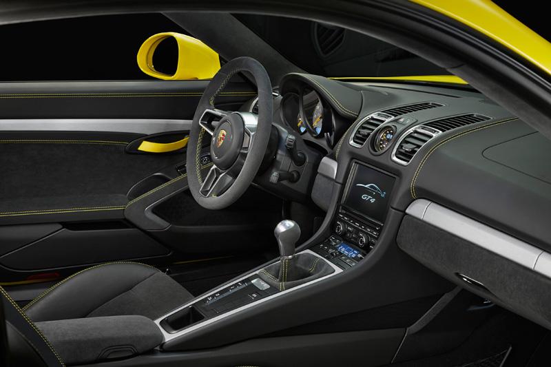 Porsche-Cayman-GT4_12
