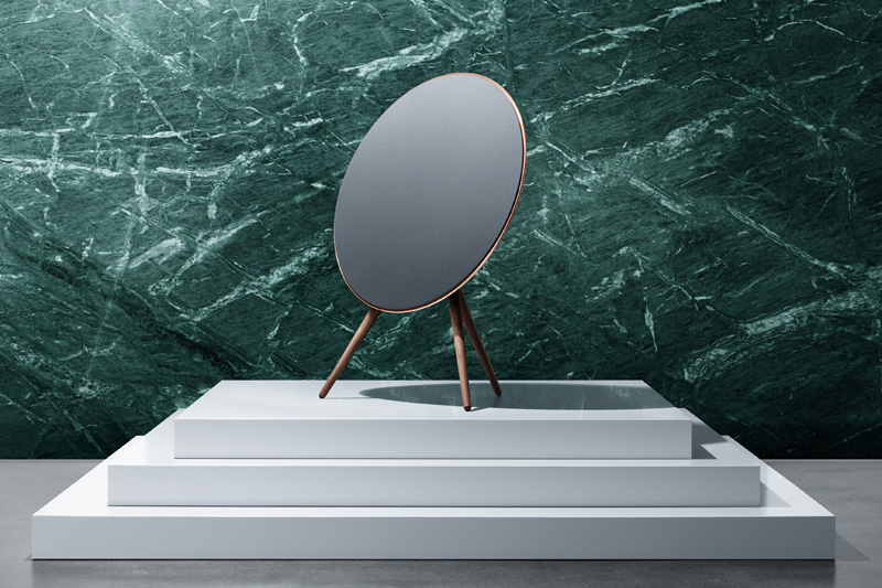 Bang-Olufsen-Love-Affair_04