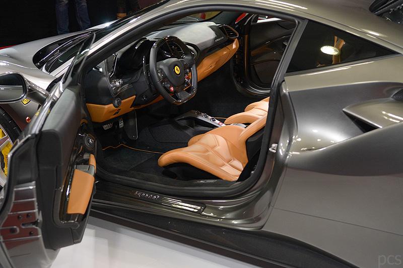 Ferrari-488-GTB_5529