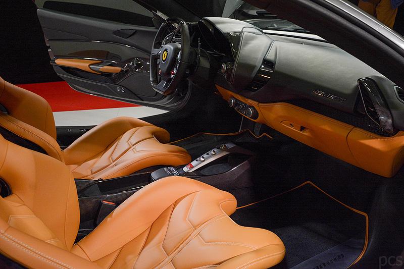 Ferrari-488-GTB_5570