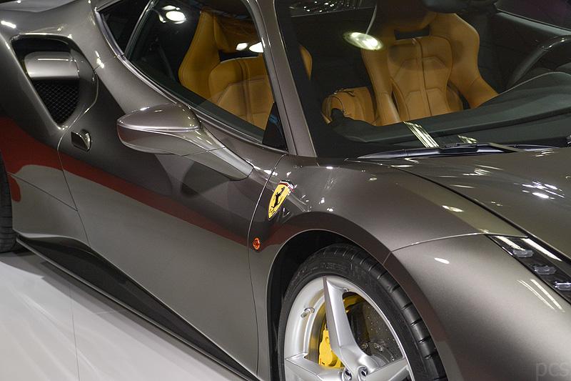 Ferrari-488-GTB_5590