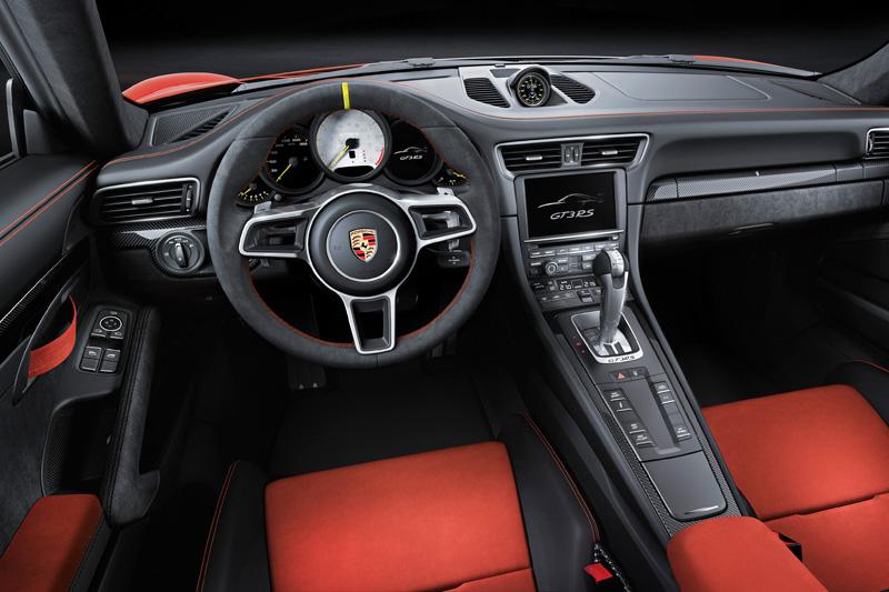 Porsche-911-GT3-RS_04