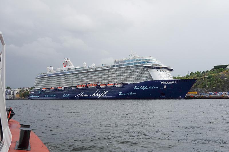 Mein-Schiff-4_03552