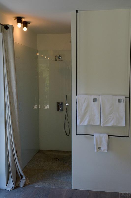 Luxify Reisebericht Hoteltest Wiesergut Hinterglemm Bad Badezimmer