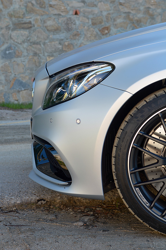 Mercedes-AMG-C63S-Coupe_6384