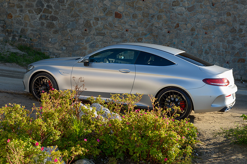 Mercedes-AMG-C63S-Coupe_6386