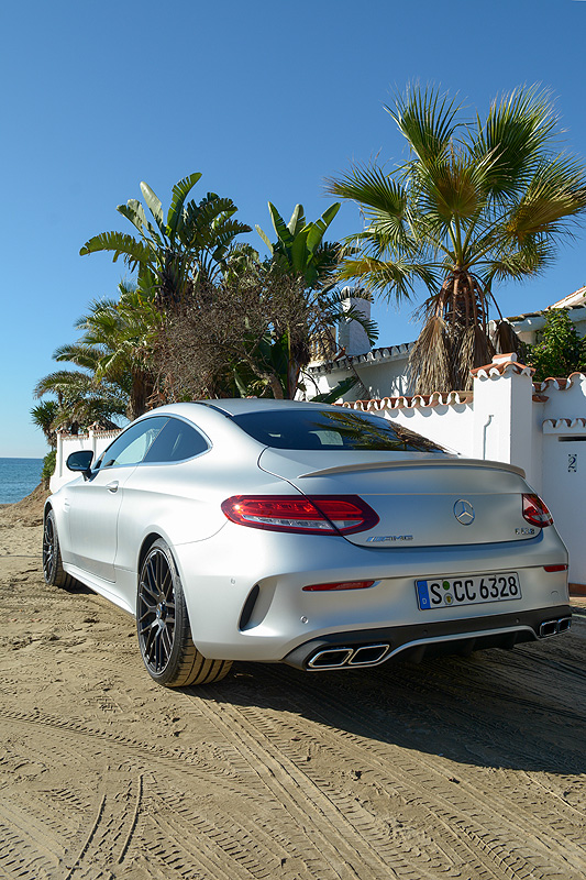 Mercedes-AMG-C63S-Coupe_6441