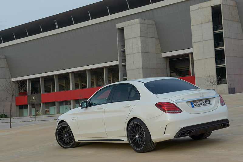 Mercedes-C63-AMG_3671