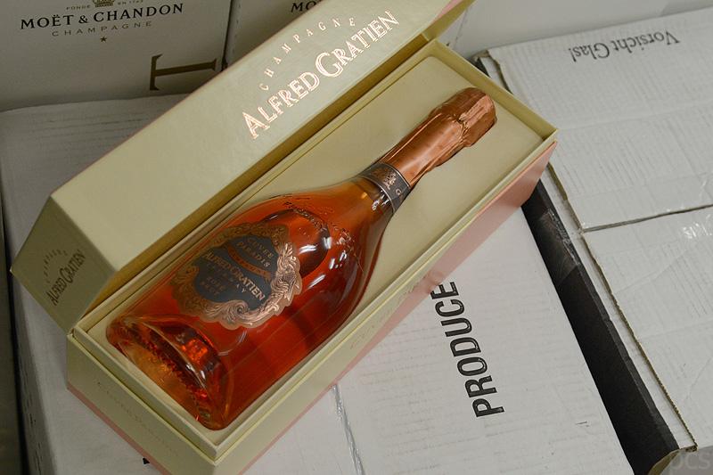 Europa 2 Alfred Gratien Cuvée Paradis Champagner