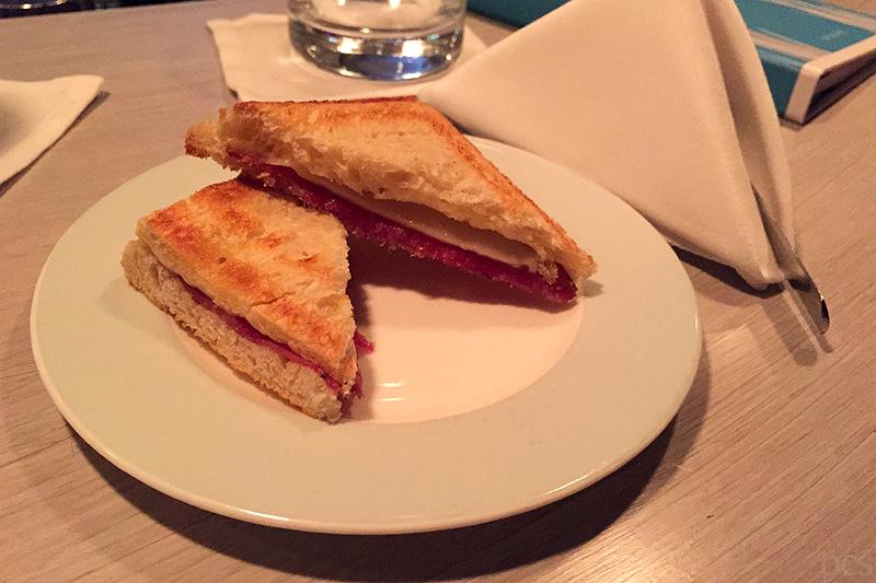 Europa 2 Mitternachts-Sandwich Sansibar