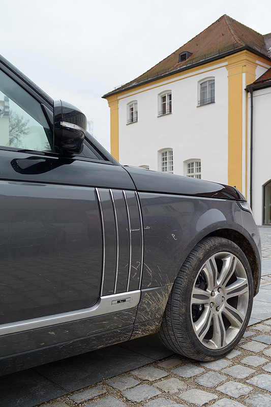 Range-Rover-SVAutobiography_9758