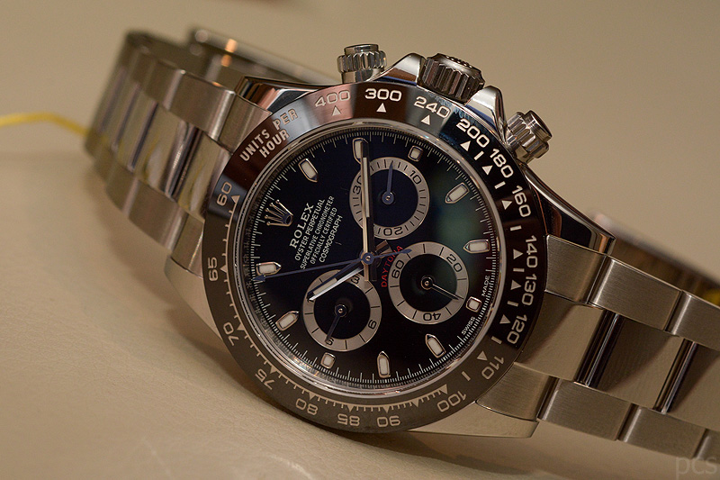 hands on rolex daytona cerachrom 116500 luxify. Black Bedroom Furniture Sets. Home Design Ideas