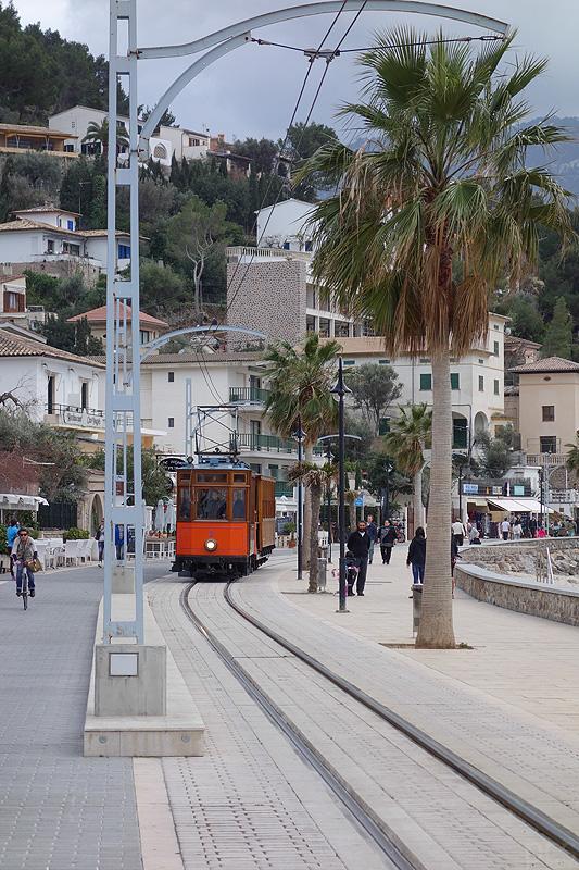 Bahn Uferpromenade Port de Sóller Mallorca
