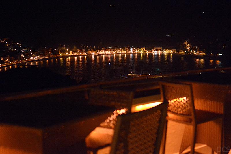 Blick von der Terrasse der Sunset Lounge Bar auf Port de Sóller
