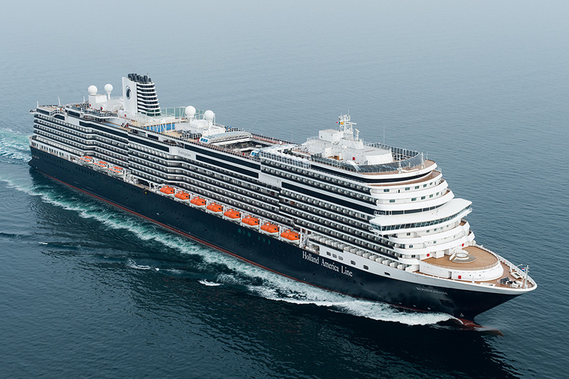 Koningsdam_At-Sea_013