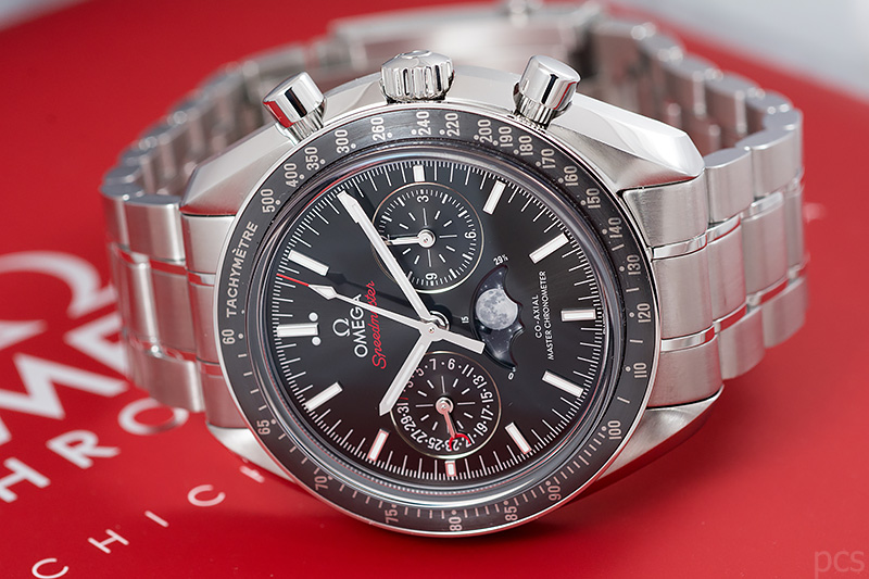 Omega-Speedmaster-Moonphase_7854