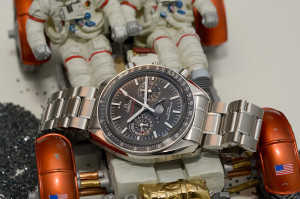 Hands-on Omega Speedmaster Moonphase