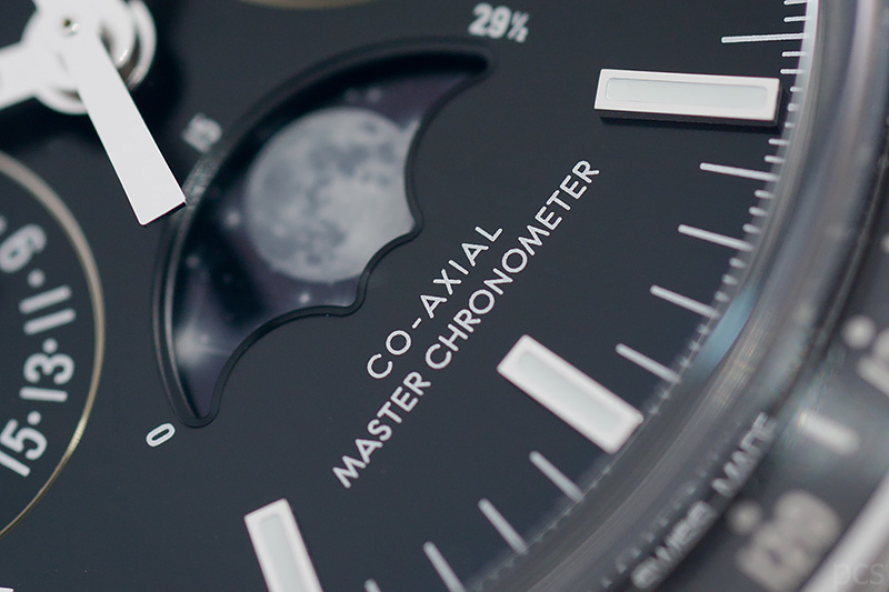 Omega-Speedmaster-Moonphase_7889