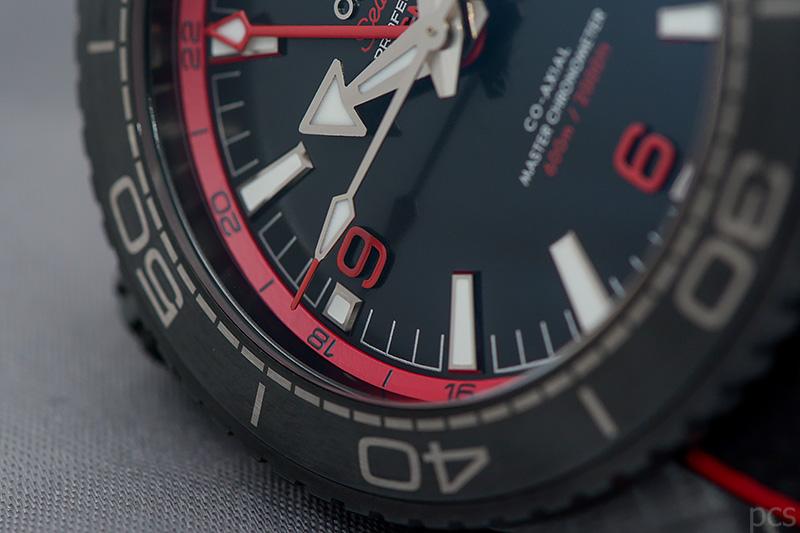 Omega-Deep-Black_8582