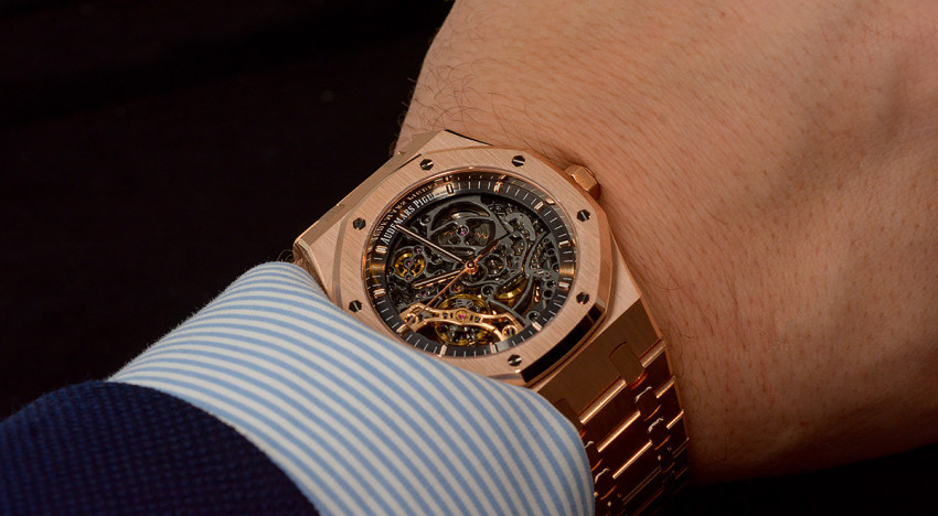 Hands-on Audemars Piguet Royal Oak 15407