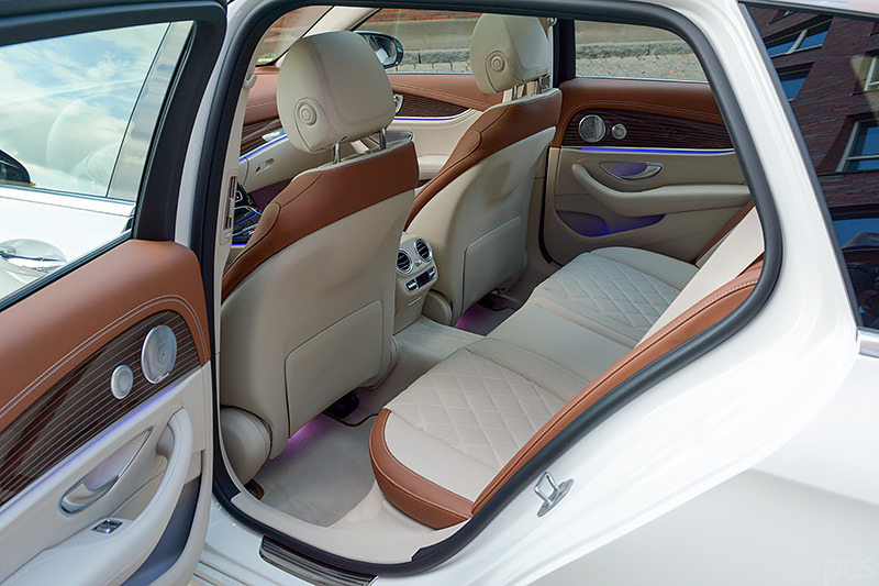 Mercedes-E400T_0219