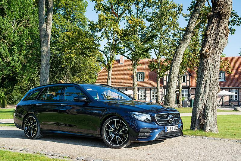 Mercedes-E43T_0477