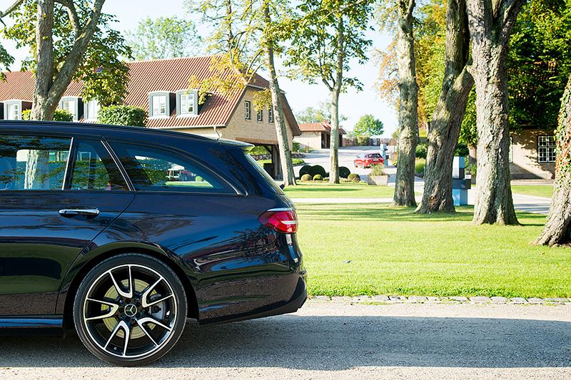 Mercedes-E43T_0508