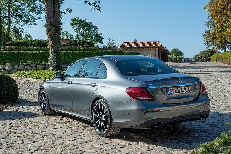 Mercedes-E43_0554
